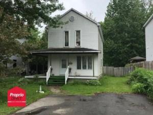 19516140 - Maison à étages à vendre
