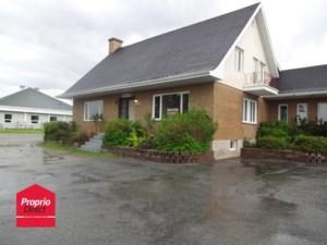 28969573 - Maison à étages à vendre