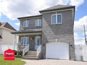 19122171 - Maison à étages à vendre