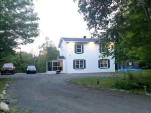19693384 - Maison à étages à vendre