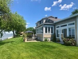 18663464 - Maison à étages à vendre