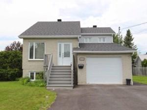 21558708 - Maison à étages à vendre