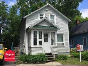 24181976 - Maison à 1 étage et demi à vendre