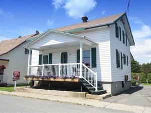 15291573 - Maison à étages à vendre
