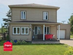18598330 - Maison à étages à vendre