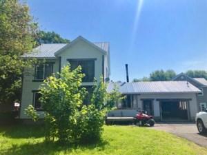 12620128 - Maison à étages à vendre