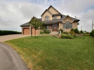 16498072 - Maison à étages à vendre
