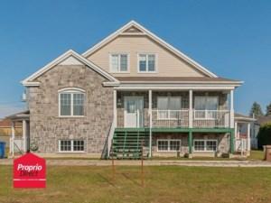 25366387 - Maison à étages à vendre