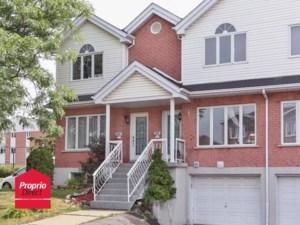 26486535 - Maison à étages à vendre