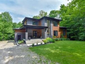 17345704 - Maison à étages à vendre