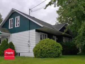 15824913 - Maison à étages à vendre