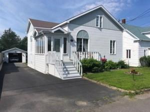 17211905 - Maison à 1 étage et demi à vendre