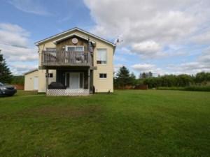 19154868 - Maison à étages à vendre