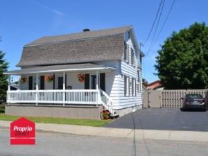 22192962 - Maison à étages à vendre