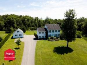 16320884 - Maison à étages à vendre