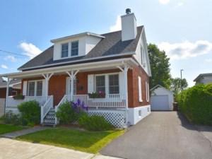 9882644 - Maison à étages à vendre