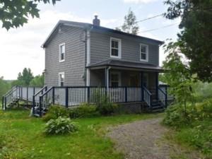 16775001 - Maison à étages à vendre