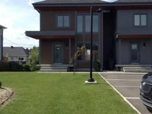 28985330 - Maison à étages à vendre