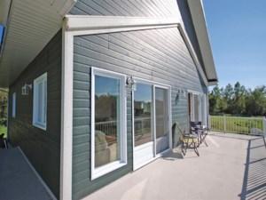 21266904 - Maison à étages à vendre