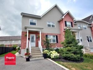 16220463 - Maison à étages à vendre