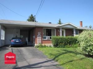21914824 - Maison à étages à vendre