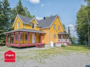 16237684 - Maison à étages à vendre