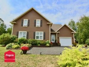 22766409 - Maison à étages à vendre