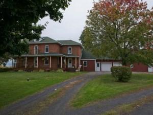 17417154 - Maison à étages à vendre