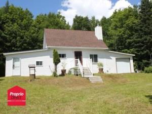 9222569 - Maison à étages à vendre