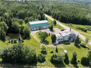 12945285 - Maison à étages à vendre