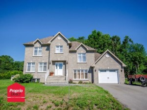 17568274 - Maison à étages à vendre