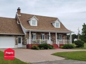 26820923 - Maison à étages à vendre