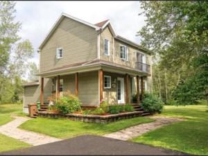 22961276 - Maison à étages à vendre