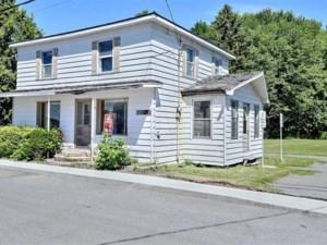 12650336 - Maison à étages à vendre