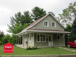 16155127 - Maison à étages à vendre