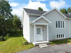 23591357 - Maison à paliers à vendre