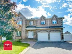 11304521 - Maison à étages à vendre