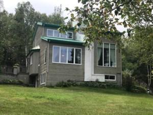 12082179 - Maison à étages à vendre