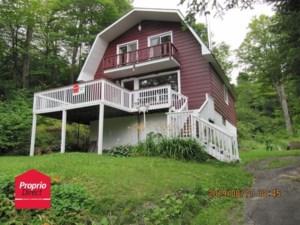 24477259 - Maison à étages à vendre