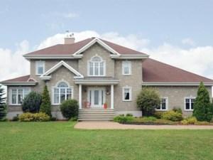 9888688 - Maison à étages à vendre
