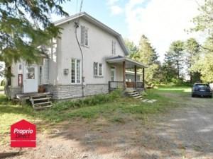 23455687 - Maison à étages à vendre