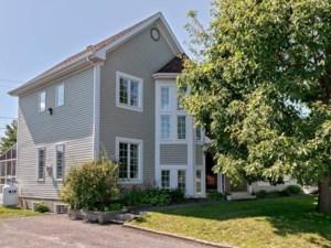 16621227 - Maison à étages à vendre