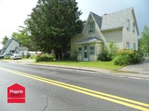 24772526 - Maison à étages à vendre