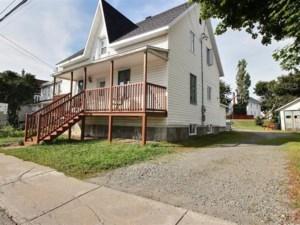 20786186 - Maison à 1 étage et demi à vendre
