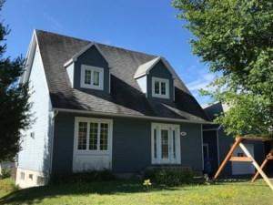 16561008 - Maison à étages à vendre