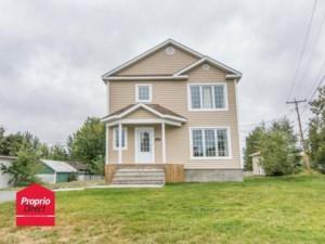 27531342 - Maison à étages à vendre