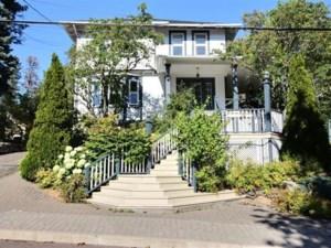 25579919 - Maison à étages à vendre
