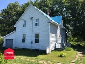 10535443 - Maison à étages à vendre