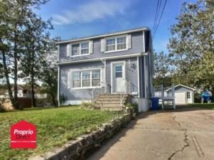 15375879 - Maison à étages à vendre