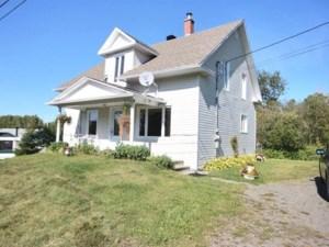 23288524 - Maison à étages à vendre